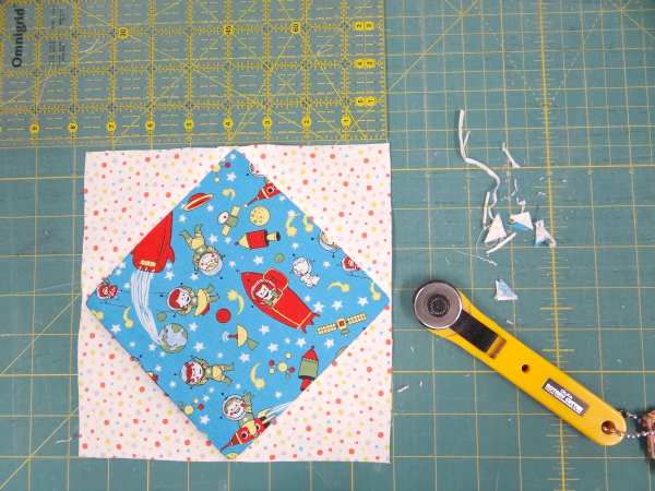 trim-and-square-up-your-quilt-block